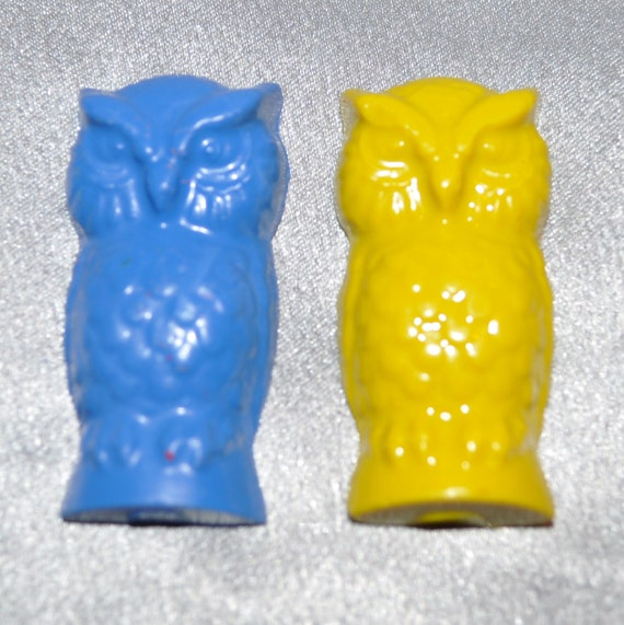 Recycled Crayons Owl Shaped - Total of 14.  Boy or Girl Kids Unique Party Favors, Crayons.
