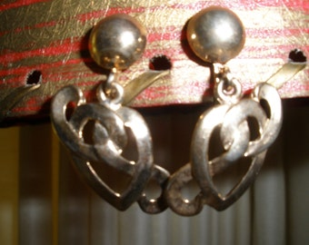 Vintage Earrings Screw Back Gold Metal Retro Costume Jewelry