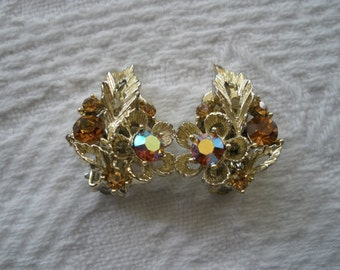 Vintage Earrings Clip On Lisner Amber Crystal Gold Tone Signed Designer Costume Jewelry