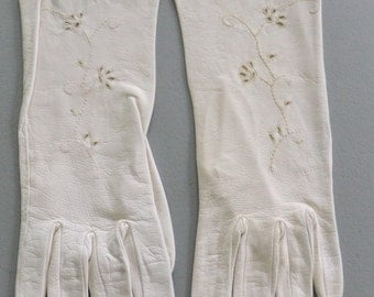 Vintage Gloves Womens White Leather with Eyelet Flower Cutouts Flowers