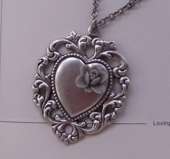 Victorian Enchanted Love - Silver Heart Pendant Necklace