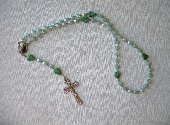 Seafoam Rosary with Leaves - Needs a good home, more than 50% off
