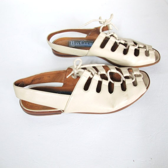 25% OFF SALE 80s Bay Club Lace Up Grecian Sandals (7)