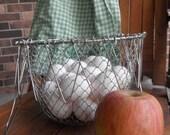 Collapsing Egg Gathering Basket