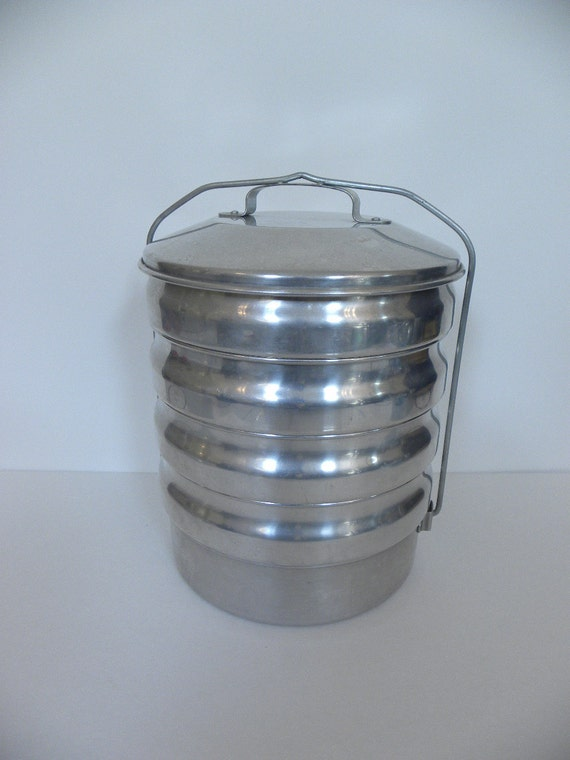 Vintage Aluminum Picnic Pack -- Buckeye Aluminum Camp or Picnic Cooking Stacking Set with Original Box -- Camping, Fishing, Food Storage