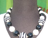 Vintage Black and white ball necklace