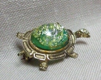 Turtle Tortoise Brooch Pin Green Glass Lucite Gold