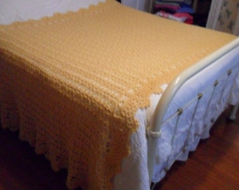 "New(Ready to Ship) Crocheted  Afghan (King 112ins.X70ins.)  Blanket - Bedspread - Throw  ""LACY PINEAPPLE"" in Buttercup"