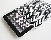 Chevron iPad Sleeve in Black and White / iPad Case