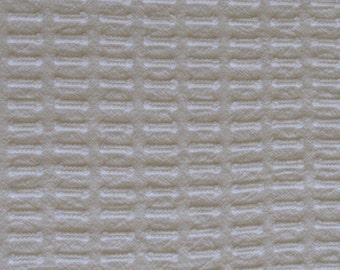 """Snowy White Buttonhole Vintage Chenille Bedspread Fabric 29"""" x 18"""""""