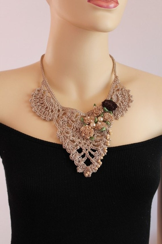 Reserved for Motorbee. Fall Fashion Beige Crochet Necklace Crochet Jewelry Lace