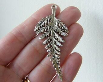 2 Leaf pendants antique silver tone L1