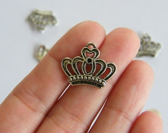 8 Crown charms  antique silver tone CA44