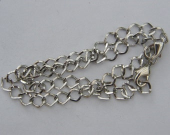 2 Bracelets 20cm  silver tone
