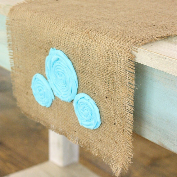 Reserved for SHANNON - 45 inch runner with Sea Spray florettes