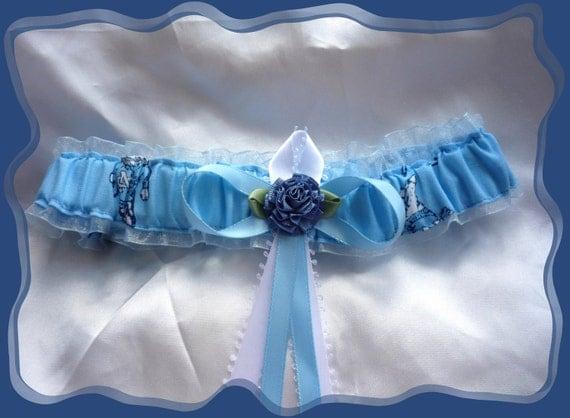 North Carolina Tarheels Vintage Wedding Garter Toss