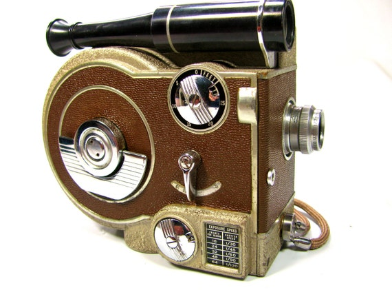 1947 REVERE MODEL 70 - 8mm Magazine Cine Eight Movie Camera