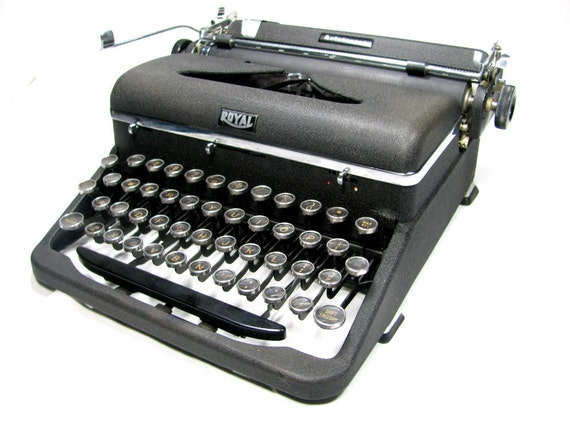 Typewriter - Pre WWII ROYAL ARISTOCRAT from 1938 - Works Well