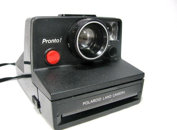 Vintage 1976-77  POLAROID PRONTO SX-70 Instant Land Camera