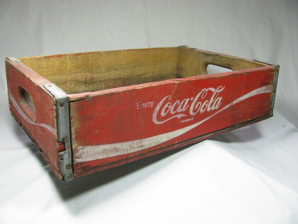 Vintage coca cola wooden crate red with white letters for Old wooden crates