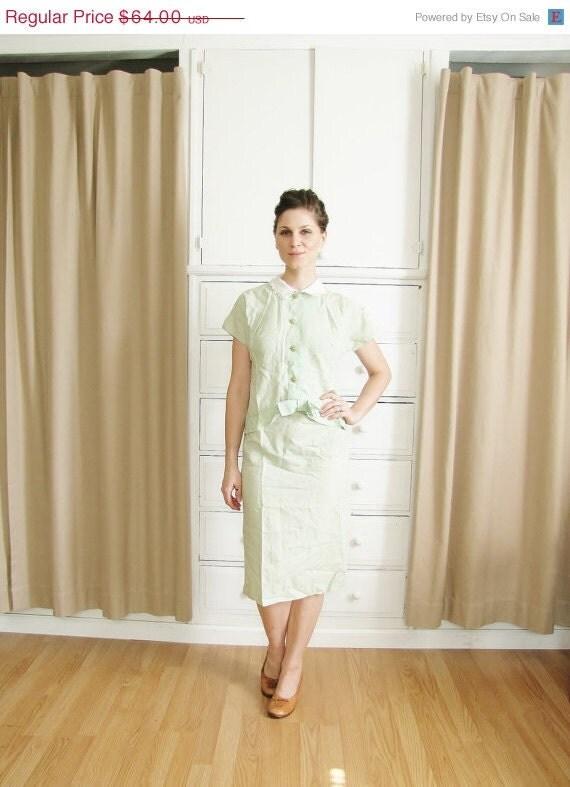 20% Valentines Day Sale Vintage 1950's-1960's Minty Green Day Dress