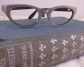 Fantastic Dove Grey Pearly NOS  Cat Eye Glasses Frames by Swan  1950s