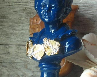 Vintage Bust