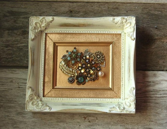 Shabby Chic Picture Frame with Vintage Jewelry