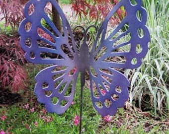 Butterfly Garden Stake / Garden Decor / Garden Art / Rustic Decor / Yard Art / Metal Garden Art / Outdoor Garden decor / Lawn Ornament
