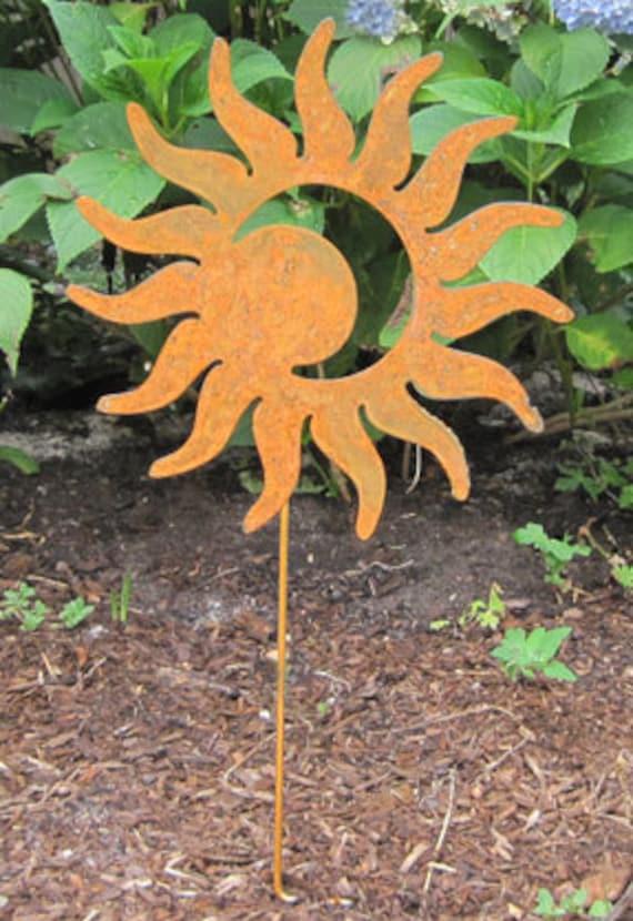 sun moon garden stake garden decor garden art metal. Black Bedroom Furniture Sets. Home Design Ideas