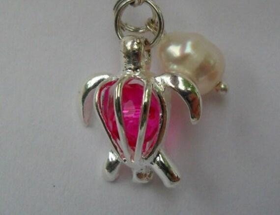 Wholesale - 4pcs - Adorable Sea Turtle Lockets pendants Silver Plated