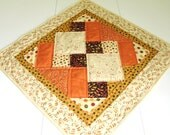 QUILTED TABLE RUNNER FALL COLORS SQUARE