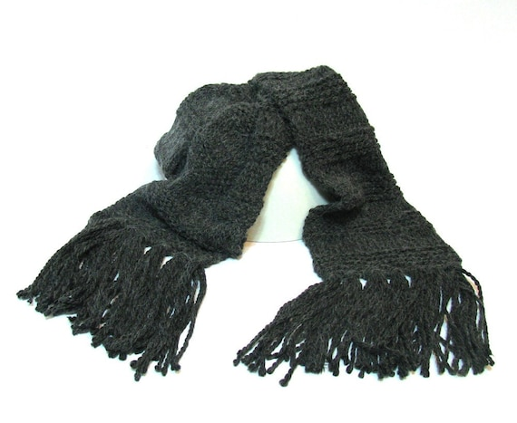 Charcoal Gray Unisex Hand Knit Scarf