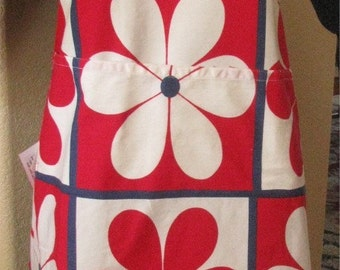 RED APRON Flower Power made of vintage 1960s Tablecloth - OOAK