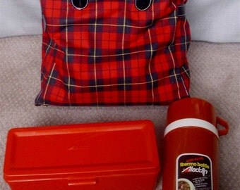 vintage LUNCHBOX Set Red Plaid ready for picnic lunch
