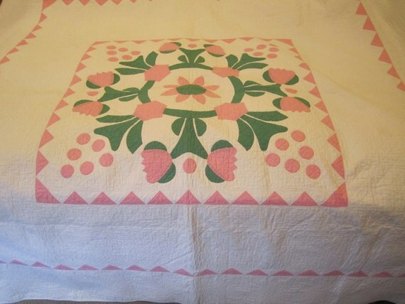 76 x 78 QUILT pink & green 1930s -1940s