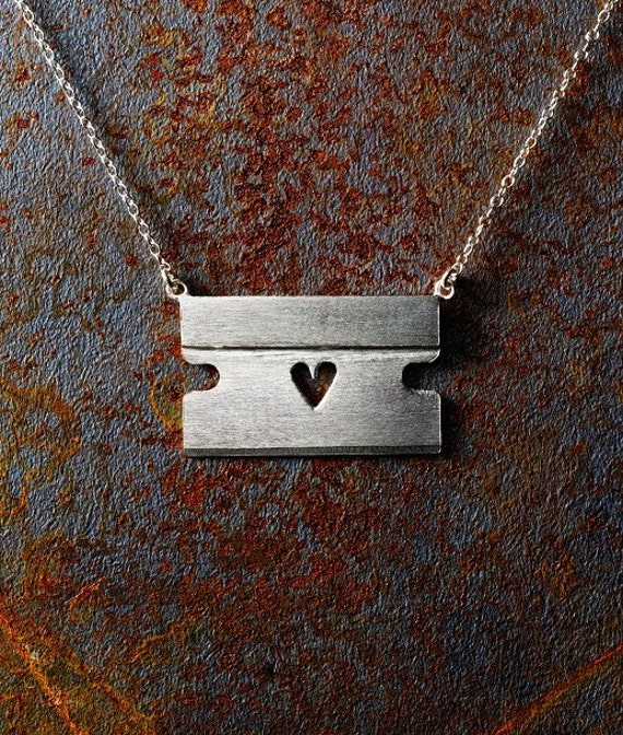 """Razorblade with Heart Necklace and 16"""" Chain"""