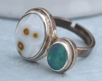 VINTAGE FIND,  sterling silver ring with blue opal and spotted agate stones Adjustable