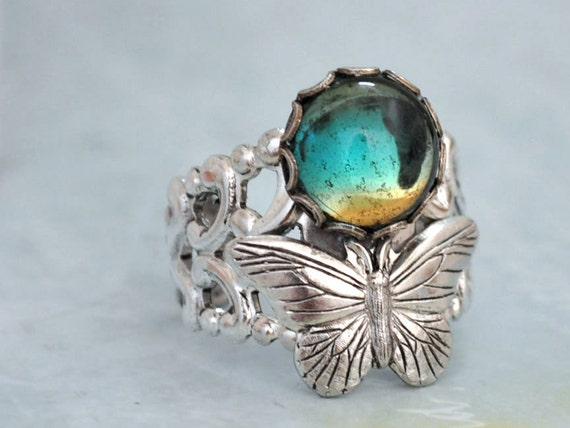 BUTTERFLY IN MOTION neo Victorian vintage style antiqued silver plated ring with butterfly and green glass cab