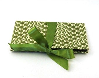 Zigzag- Photo- Album apple green Accordion Book, Brag Book, small photo album, Baby Album, wedding memory album