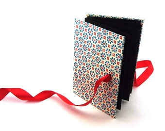 Zigzag Photo Book blue'n red flower stamps Accordion Book