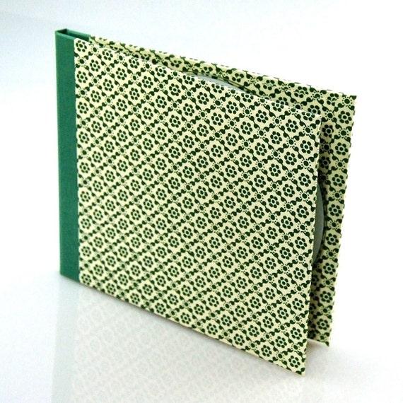 Nauli CD-Case graphic flowers green