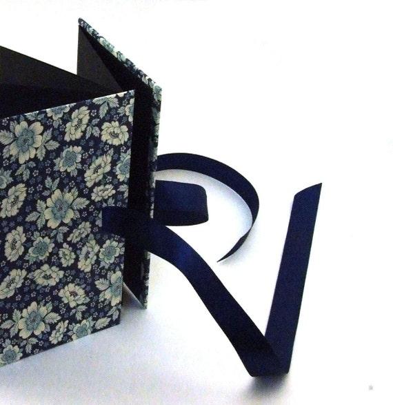 Accordion Photo Book English Flowers blue, photo album 4x6