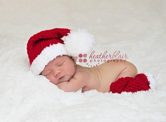 CLEARANCE 15% OFF Newborn Santa Photography Prop Set - Leg Warmers and Santa hat - 2 pcs.