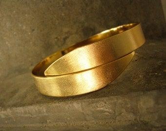Desert Sands Bangle, Metalwork Bracelet, Stackable Bracelet, Adjustable Bangle Bracelet, Gold Bangle, Minimalist Bracelet, gift for her