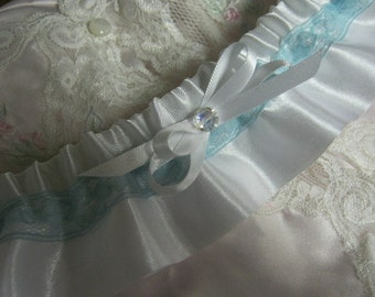White Garter with Vintage Turquoise Lace