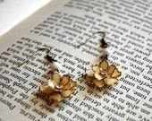 1950's flower earrings