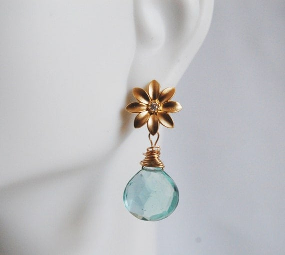 Gorgeous Sage Green Quartz and Flower connector Dangle Earrings