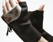 Reindeer leather mitts Large