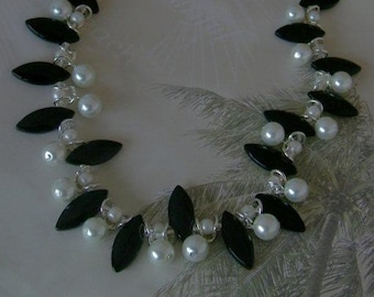 Elegant Pearl and Black Marquis Beaded Necklace
